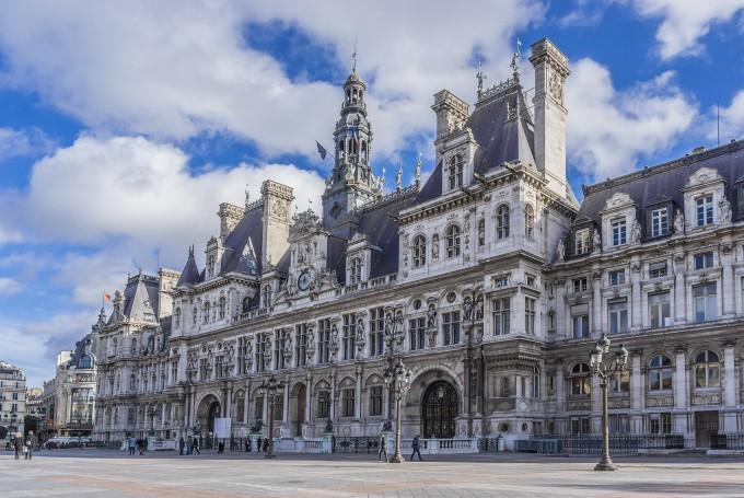 Paris Mayor Anne Hidalgo discusses city's commitment to climate action